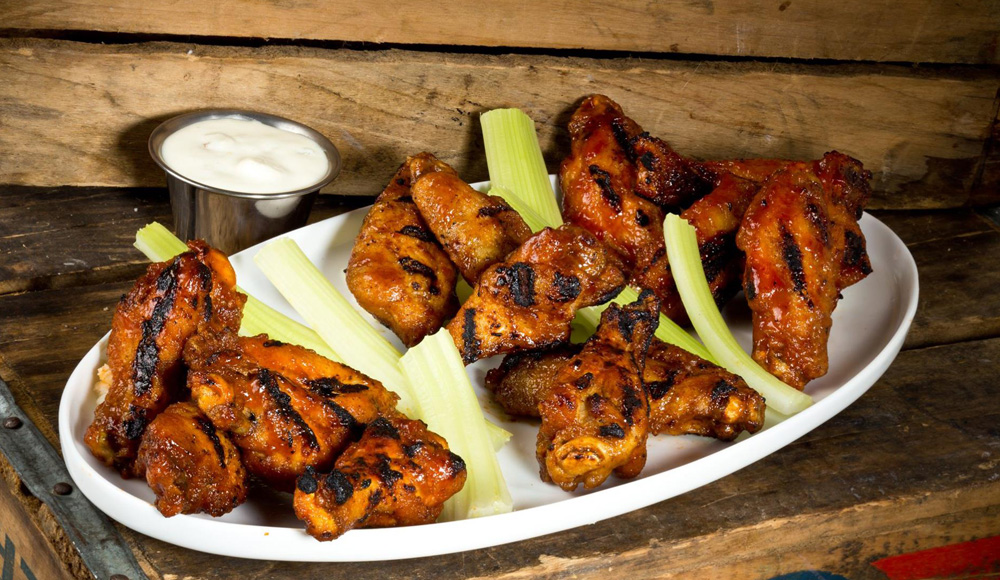 Naples Illustrated's Dining Awards - Best Sports Bar - Bokampers Sports Bar & Grill - Grilled Wings