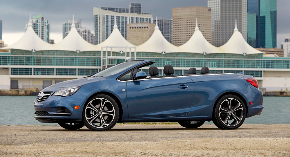 Driving the Buick Cascada, the latest luxury convertible from the American automaker