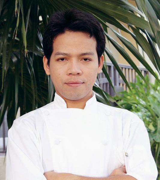 Chef Koko of Zen Asian BBQ - Naples newest Pan-Asian restaurant - Korean Barbecue