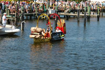 Previous Great Dock Canoe Race Best Dressed Canoe contestant