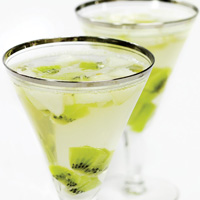Festive Winter Cocktail Recipes - White Snagria