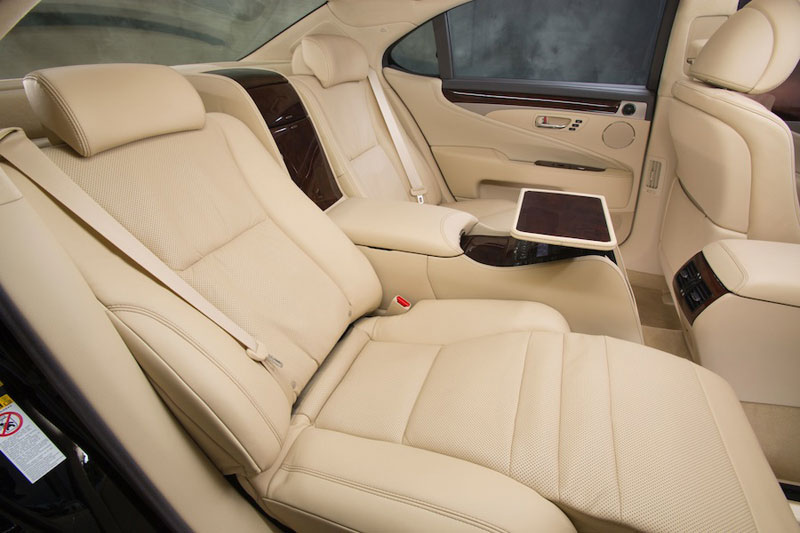 new Lexus LS 600h L - interior - backseat with Shiatsu massagers and Ottoman