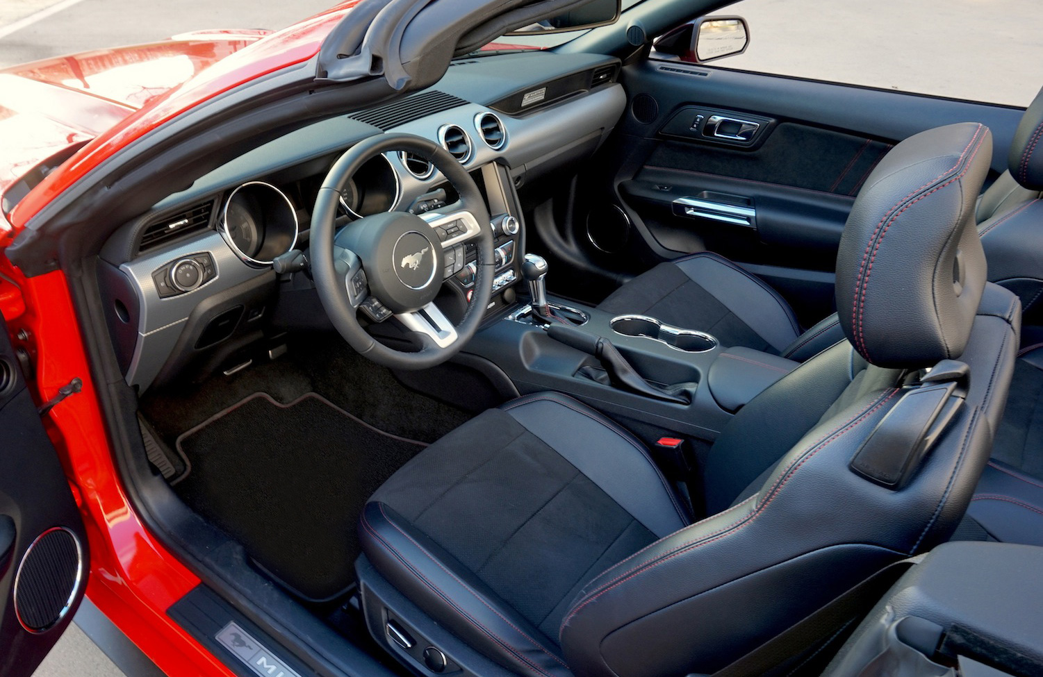 Interior of the 2016 Mustang GT Convertible - California Special