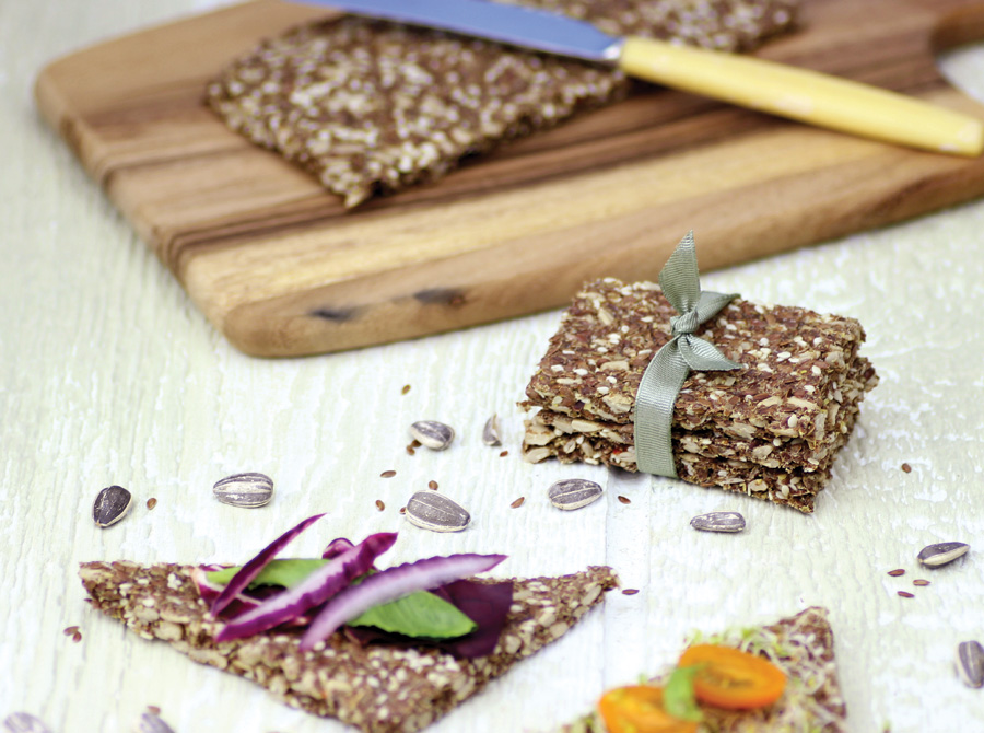Raw Crackers from The Rawtarian blog - Easy Raw recipes