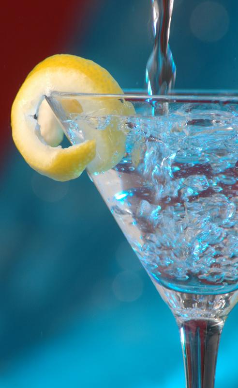 The Vesper martini - Ian Fleming - James Bond - Casiona Royale - Skyfall