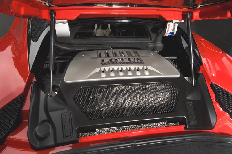Lotus Evora S - engine compartment