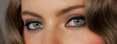 Giorgio Armani Beauty - celebrity face artist Tim Quinn - fall fashion makeup, smoky eye