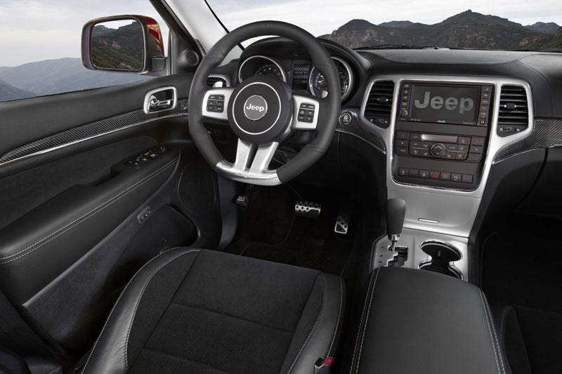Jeep Grand Cherokee SRT8 interior - Palm Beach