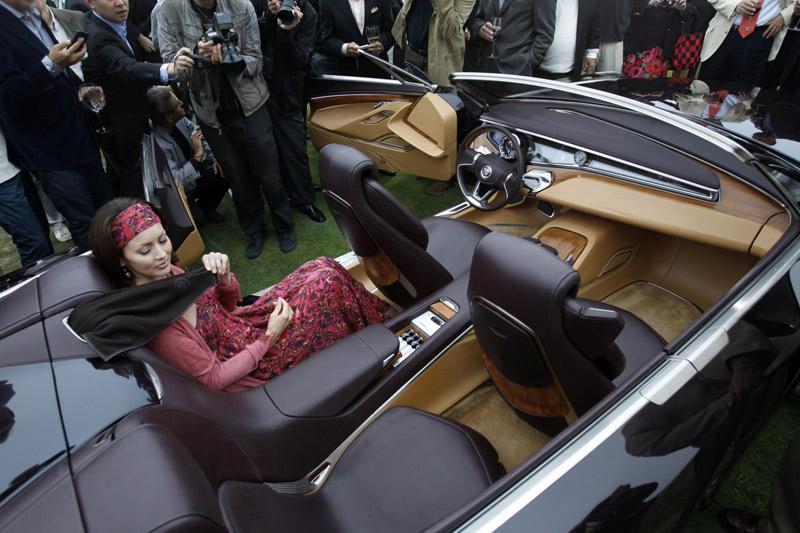 interior of the Cadillac Ciel concept convertible - Howard Walker The Wheel World blog