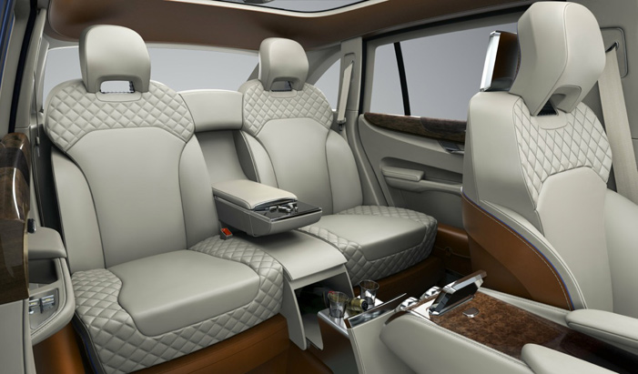 Bentley EXP 9 F SUV interior - Howard Walker - The Wheel World