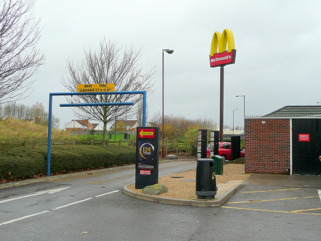 The golden arches of mdDonald's