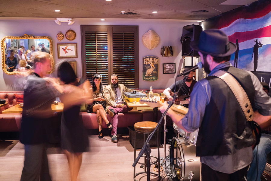 Naples Illustrated's Dining Awards - Best Live Music - 7th Avenue Social - 7th Avenue Social offers live music Thursday through Sunday nights