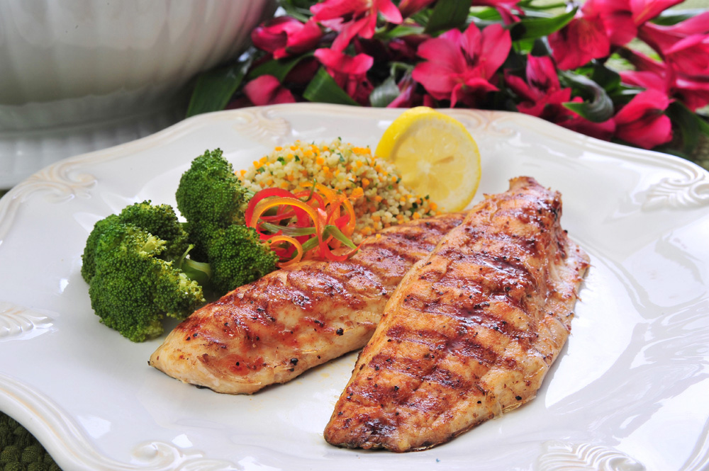 Grilled-Mullet-with-Hot-Mango-Honey-Sauce