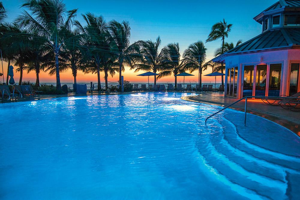 Pool-at-Sunset-(orange-sunset)-at-The-Naples-Beach-Hotel-&-Golf-Club-2