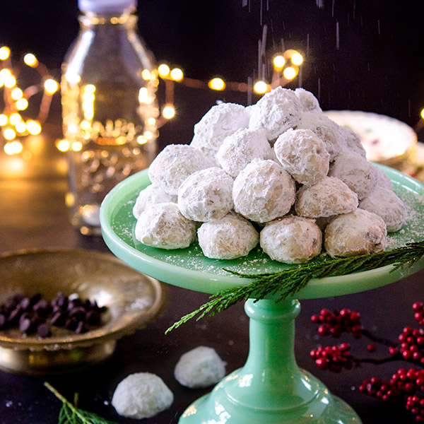 chocolate-chip-snowballs
