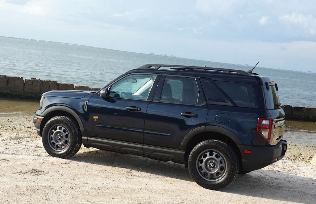 2021 Ford Bronco Sport side
