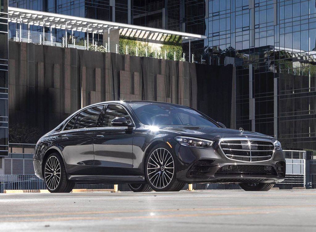 2021 Mercedes-Benz S-Class sedan front
