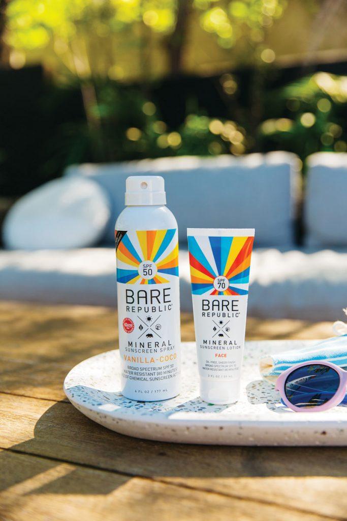 Mineral SPF 50 Sport Sunscreen Spray in Vanilla Coco